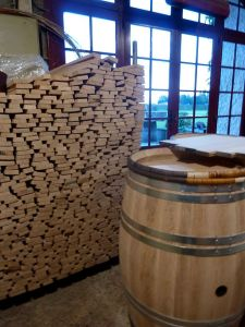 cooperage_wood_to_make_wine_barrels