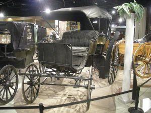 Studebaker_National_Museum_May_2014_017_(President_McKinley's_Phaeton)